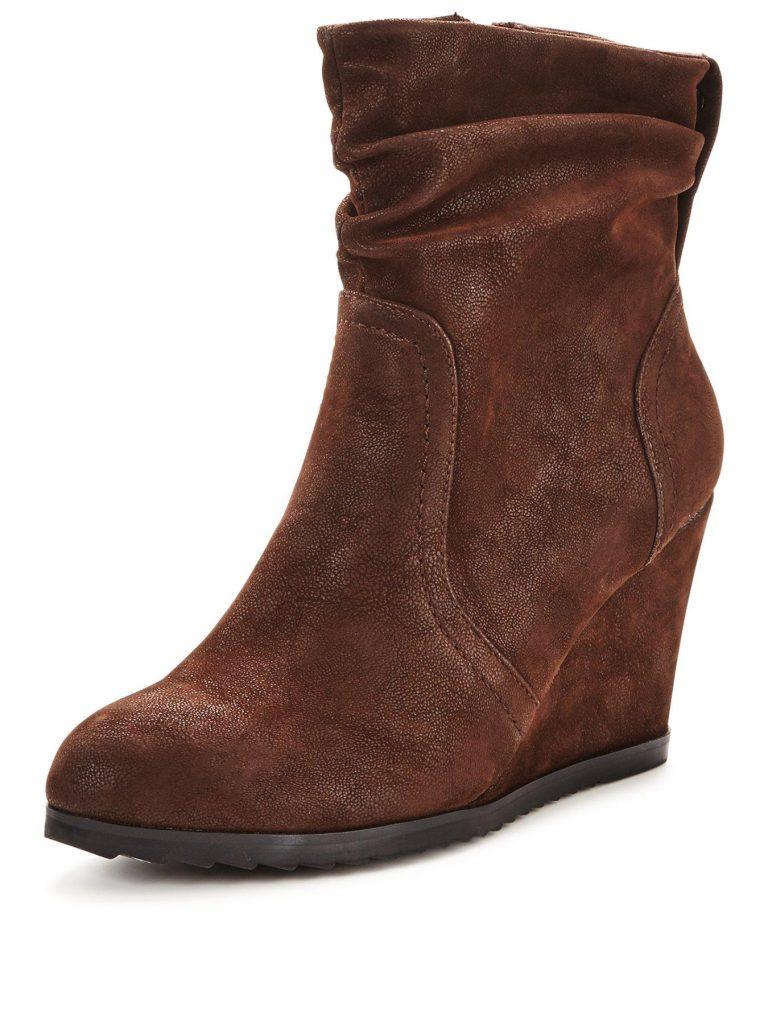 winter boots wedge heel