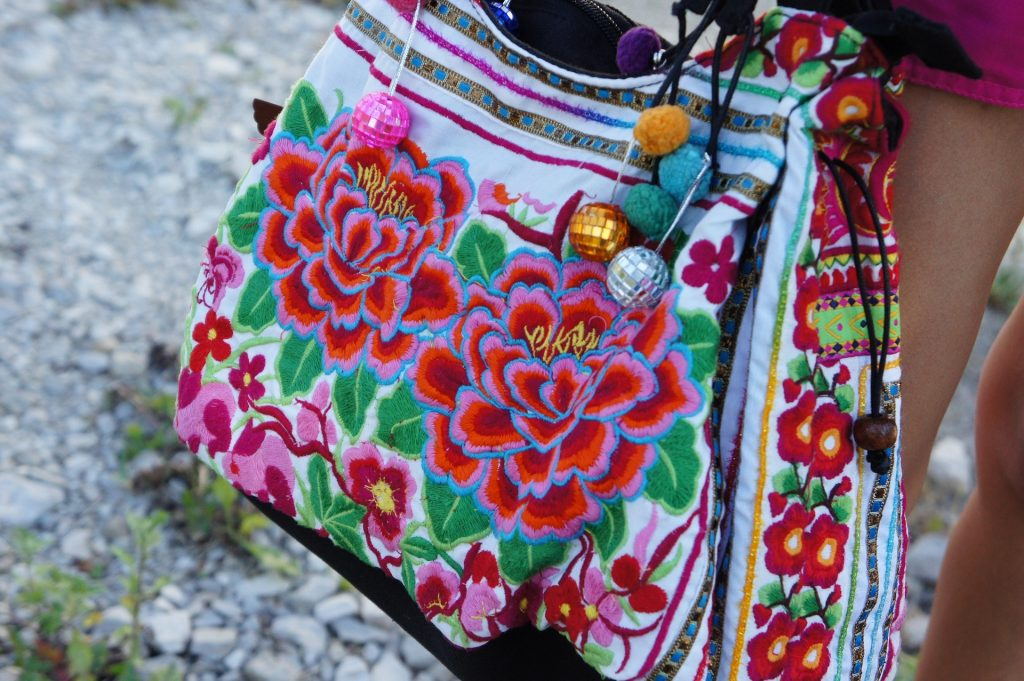 choosing a handbag to suit your personality